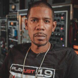 "MixWithTheMasters Young Guru Voli Contra ""The Kudeta"" Producing A Track #3"